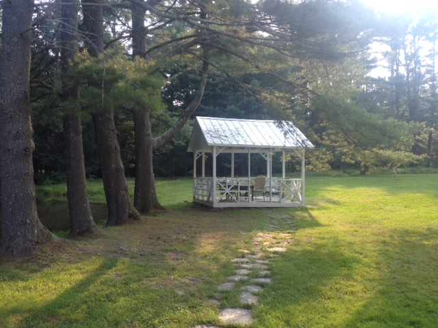 Good House Guest/ Gazebo